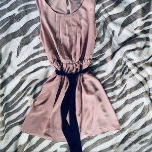 NEUTRAL SLEEVELESS DRESS BLACK TIE BELT